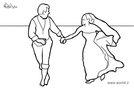 عکاسی بدون کت و کفش و جوراب را فراموش نکنید، کت داماد دست عروس خانم باشد.